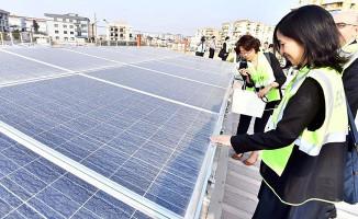 Japon Heyet, ESHOT'un Güneş Enerjisi Santralini Gezdi