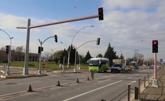 LED Işıklı Trafik Lambaları Kuruldu