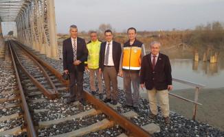 Bölge Müdürü Koçbay, Tarihi Köprüde İncelemelerde Bulundu