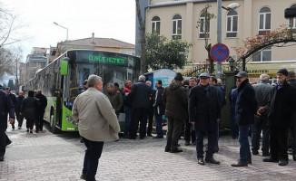 Kocaeli'de Mezarlıklara Ücretsiz Toplu Taşıma