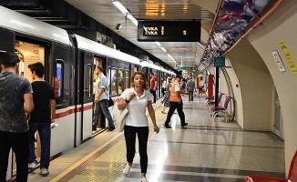 İzmirliler Halk Taşıt Uygulamasını Çok Sevdi