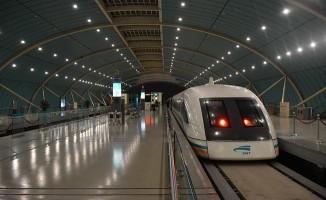 Uçakla Yarışacak Hızlı Tren Projesi