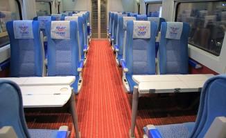 Tren kazası sonrası YHT yolcuları otobüslerle taşındı