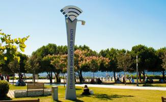 İzmir'in 30 İlçesinde Ücretsiz İnternet