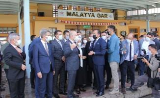 Bakan Karaismailoğlu'ndan Malatya Gar'a Ziyaret