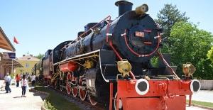 Nostaljik Tren Parkı Malatya'da Açıldı