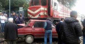 Manisa Alaşehir'de Hemzemin Geçitte Kaza