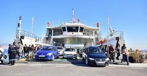 TCDD Alsancak limanına arabalı vapur önerisi
