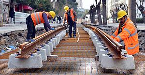 İzmir'de tramvay çalışmaları hızlandı