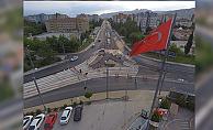 Akçaray tramvayının yan yolları asfaltlanıyor