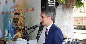 Manisa'da 'Uluslararası Trende Edebiyat Sempozyumu' Başladı