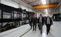 ATO Başkanı, Bozankaya'nın yerli metro araçlarını inceledi