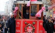 Özlem Bitti! İstiklal Caddesi'nde Nostaljik tramvay seferlerine başladı