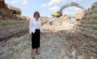 Menderes'in Yaptırdığı Köprü Gaziray Projesi İçin Genişletiliyor