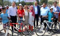 Okul Birincilerine Bisiklet Ödülü