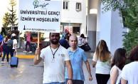İzmir Otogarı'nda Üniversiteli Gençlere Sürpriz