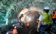 Kocaoğlu Narlıdere'de Metro Çalışmalarını İnceledi