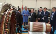 bVali Çakacak, TÜLOMSAŞ Lokomotif Fabrikasını İnceledi/b