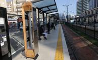 Gaziantep'te Tramvay Duraklarına Solar Şarj İstasyonu
