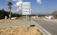 Adana'da 10 Bin Yön Levhası Yenilendi