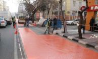 Manisa'da Elektrikli Otobüsler İçin Tercihli Yol Çizgi Çalışması Başladı
