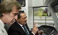 Başkan Demir, Omü Raylı Sistem Hattında Deneme Sürüşüne Çıktı