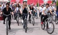 """Denizli'de """"Haydi Çocuklar Bisikletle Okula"""" Etkinliği"""