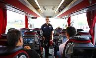Denizli itfaiyeden otobüsteki yolculara yangın ve kaza uyarısı