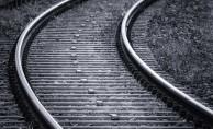 Alkolü Fazla Kaçıran Şahıs Tren Raylarında Sızdı