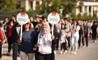 Dünya yürüyüş günü'nde binlerce adım