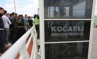 Üst Geçit Asansörlerinde Kalan Vatandaşları Kurtaracaklar