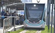 bİzmirde tramvay 50 milyon yolcu taşıdı/b