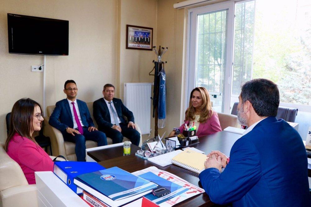 Ak-part-milletvekili-gokcen-ozdogan-enc-memurseni-ziyaret-etti