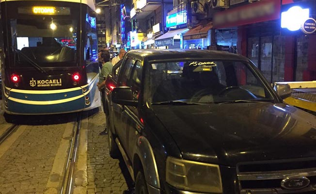 kocaeli akçaray tramvay seferlerini engelleyenlere ceza