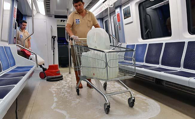 ankara metrosunda temizlik
