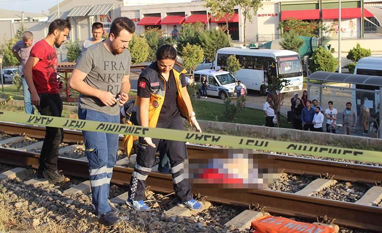 aydin-nazilli-de-demiryolunda-intihar-tcdd-haberleri