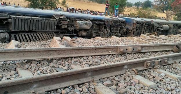hindistan-tren-kazasi-trenhabercom