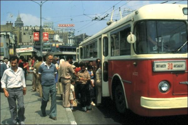 istanbul ortakoy-aksaray trambus