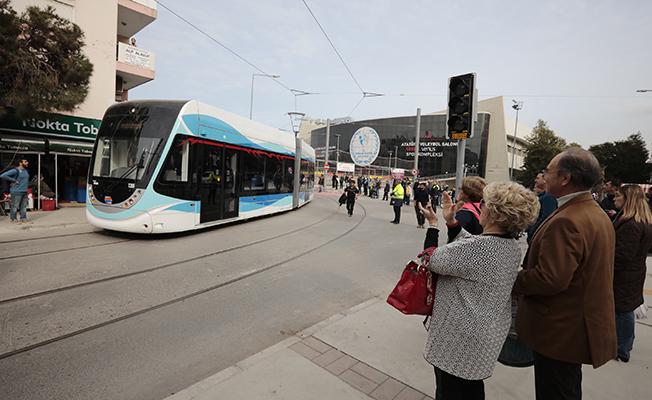 konak tramvayı deneme seferi