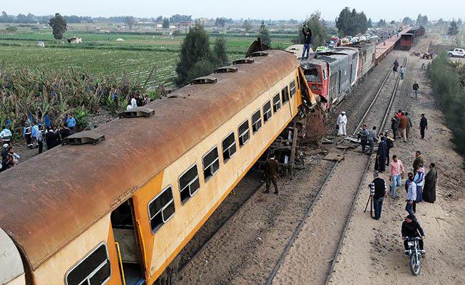 Mısır'da tren kazası 15 ölü 42 yaralı son dakika tren kazası