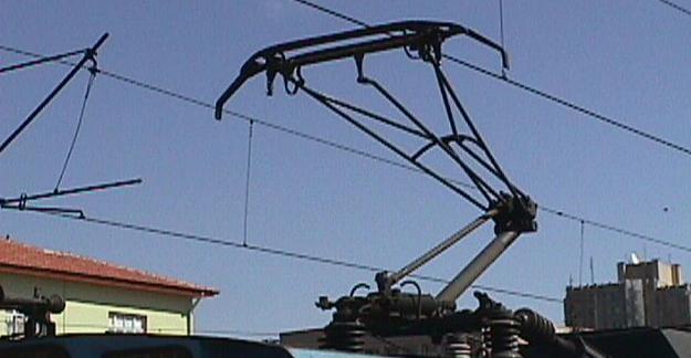 pantograf-nedir-trenlerde-tramvaylarda-pantograf-trenhabercom