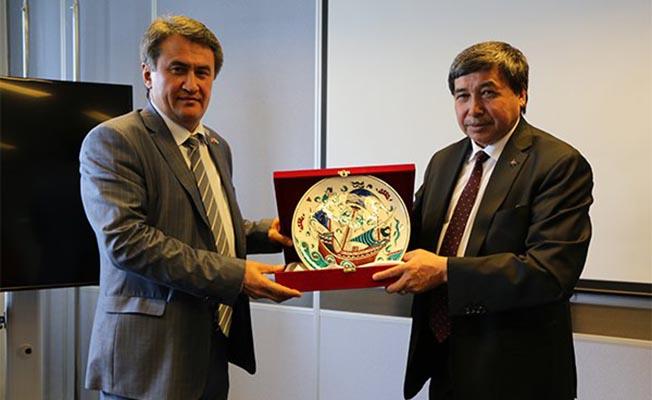Türkiye Özbekistan Arasında BTK Demiryolu İş Birliği İçin İmzalar Atıldı