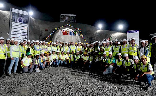 yapı merkezi tanzanya projesi ekibi