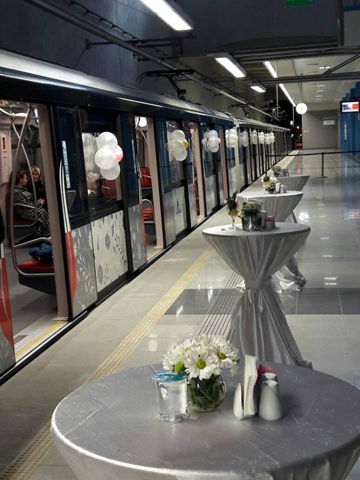 yeni-trend-metro-istasyonunda-nikah-trenhaber